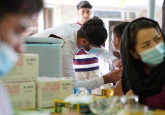 تطبیق دور هفتم و هشتم واکسین ضد ویروس کرونا آغاز شد.