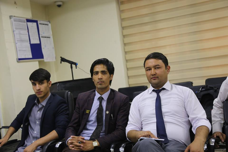 KU students visiting azizi bank